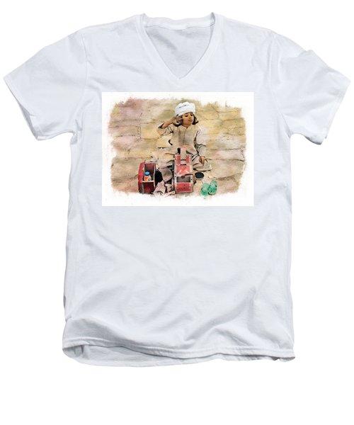 Luxor Shoeshine Girl Men's V-Neck T-Shirt by Joseph Hendrix