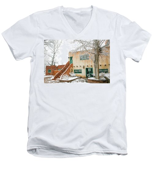 Men's V-Neck T-Shirt featuring the photograph Mabel Dodge House 2 by Marilyn Hunt
