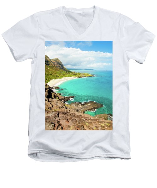 Makapu'u Beach Men's V-Neck T-Shirt