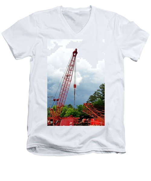 Manitowoc Crane 2015 Men's V-Neck T-Shirt