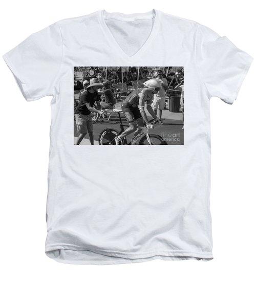 Masters Start Men's V-Neck T-Shirt