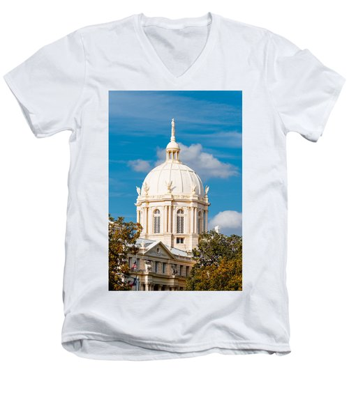 Mclennan County Courthouse Dome By J. Reily Gordon - Waco Central Texas Men's V-Neck T-Shirt