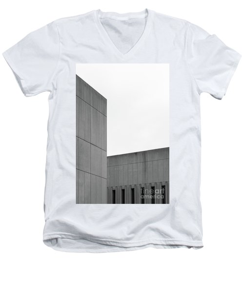 Medsci Building Men's V-Neck T-Shirt