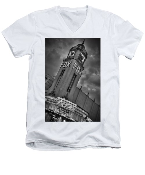 Merle Haggard Rip Fox Theater Black And White Men's V-Neck T-Shirt