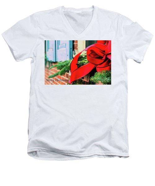 Merry Christmas Window Bow Men's V-Neck T-Shirt