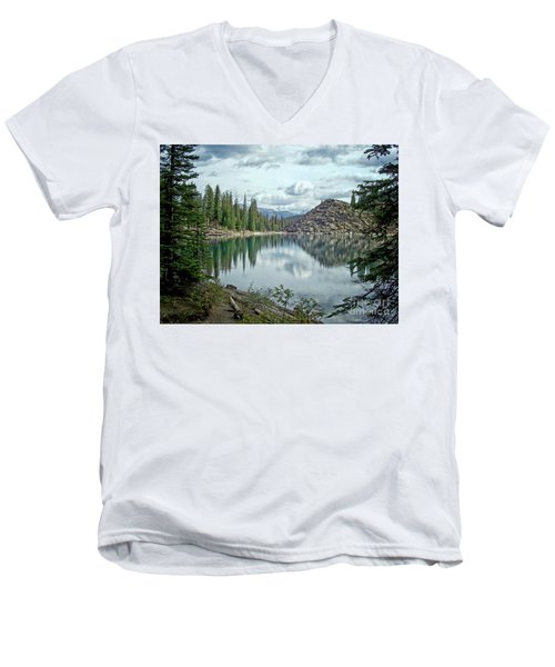 Moraine Lake Canadian Rockies Men's V-Neck T-Shirt