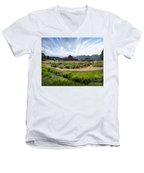 Mormon Row Morning Men's V-Neck T-Shirt