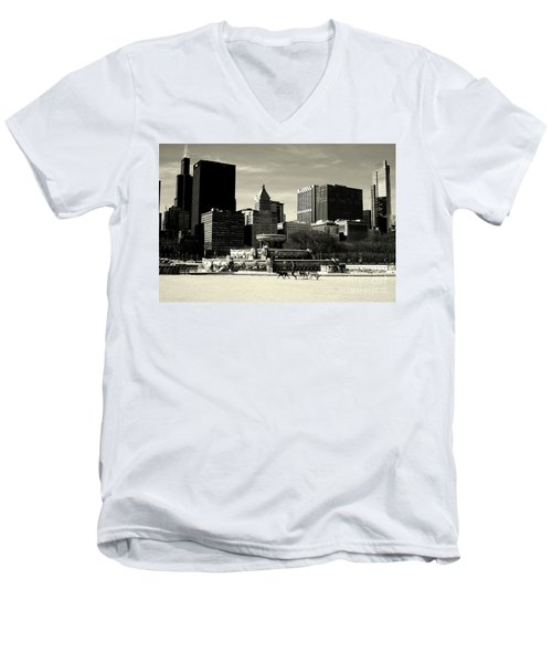 Morning Dog Walk - City Of Chicago Men's V-Neck T-Shirt