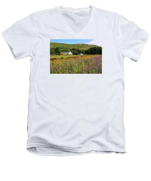 Mountain View Farm Easthampton Men's V-Neck T-Shirt
