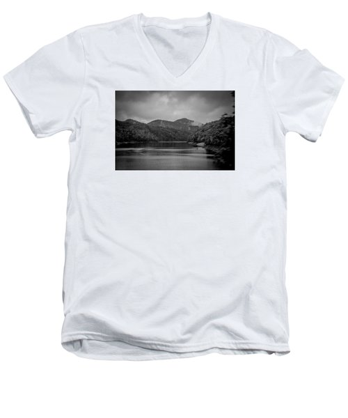 Nantahala River Great Smoky Mountains In Black And White Men's V-Neck T-Shirt