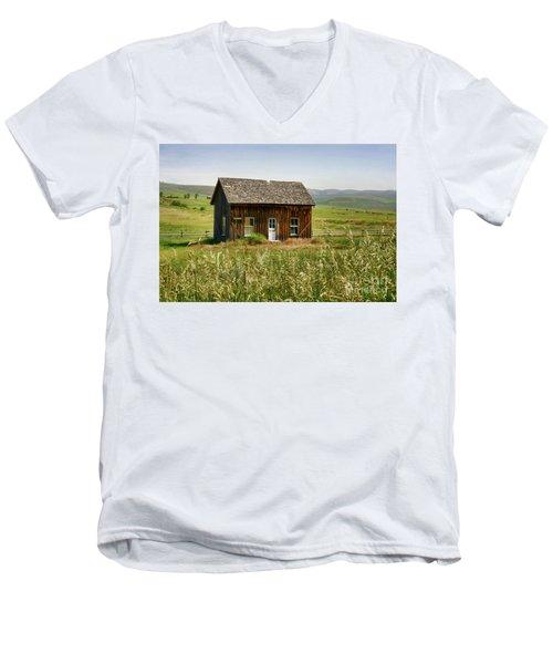 Nephi Moss Cabin Men's V-Neck T-Shirt