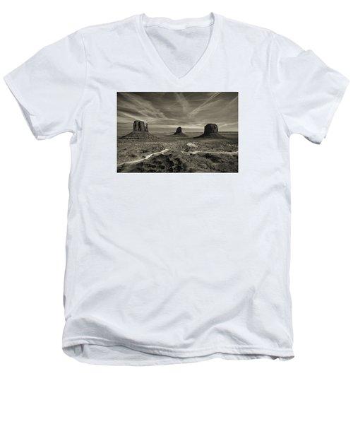 Monument Valley 9 Men's V-Neck T-Shirt