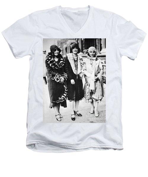 New York - Harlem C1927 Men's V-Neck T-Shirt
