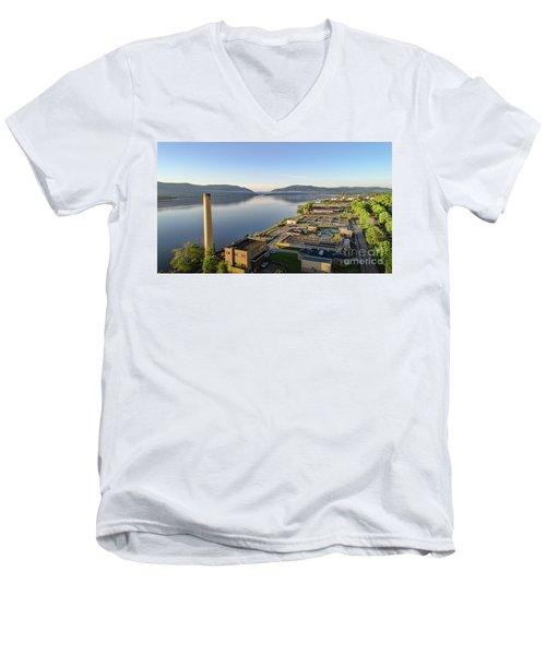Newburgh And The Hudson Highlands Men's V-Neck T-Shirt