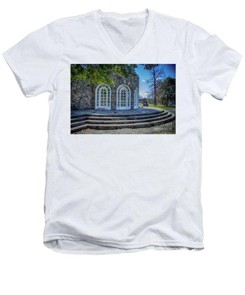Newburgh Downing Park Shelter House Side View Men's V-Neck T-Shirt