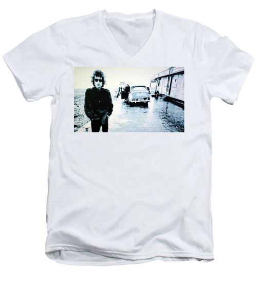No Direction Home Men's V-Neck T-Shirt