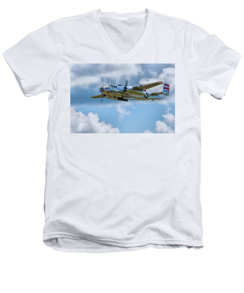 North American B-25 Mitchell Men's V-Neck T-Shirt