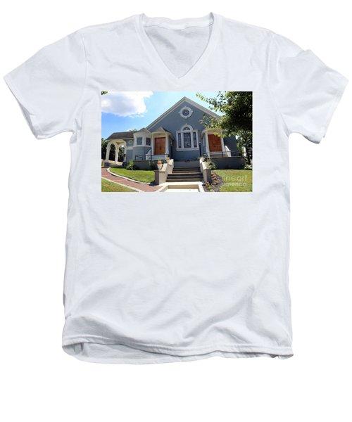North Shore Assembly Of God Church Men's V-Neck T-Shirt