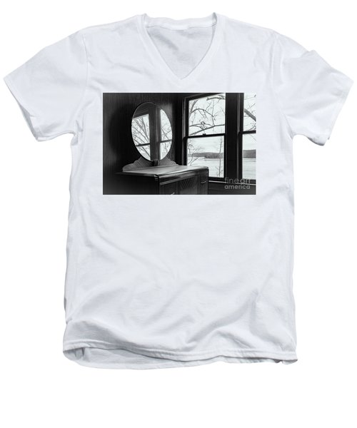North Shore House Men's V-Neck T-Shirt
