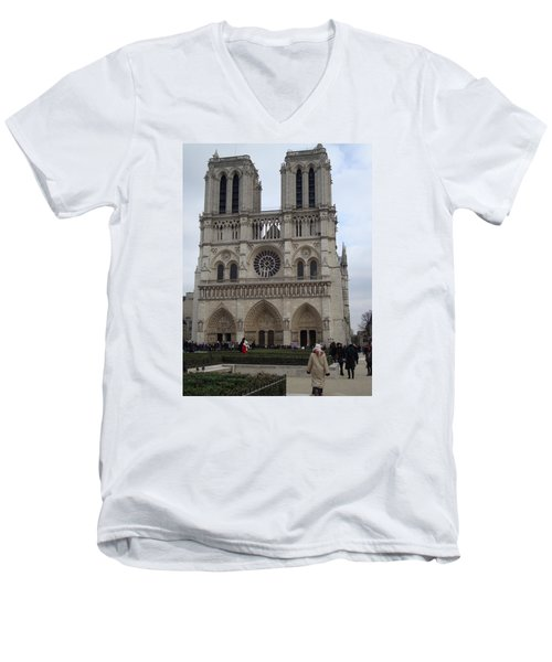 Notre Dame Men's V-Neck T-Shirt by Roxy Rich