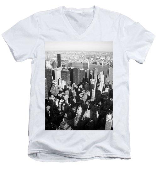 Nyc Bw Men's V-Neck T-Shirt