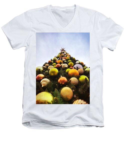 O Christmas Tree Men's V-Neck T-Shirt