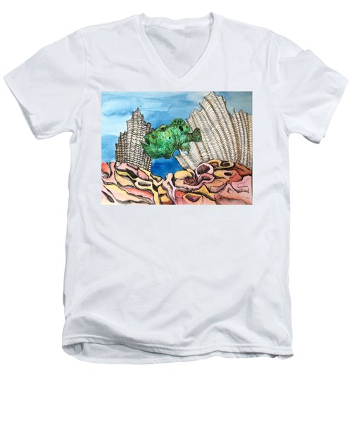 Ocellated Frogfish Men's V-Neck T-Shirt