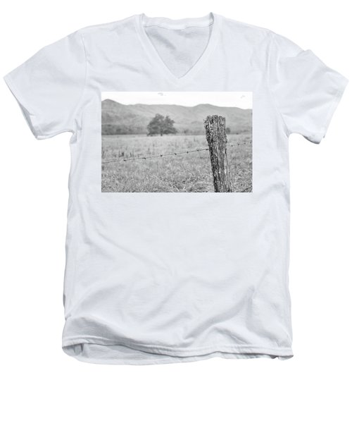Old Fence Post Men's V-Neck T-Shirt