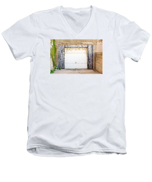 Old Garage Door Men's V-Neck T-Shirt