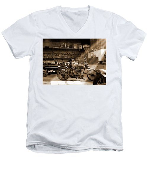 Old Motorcycle Shop Men's V-Neck T-Shirt
