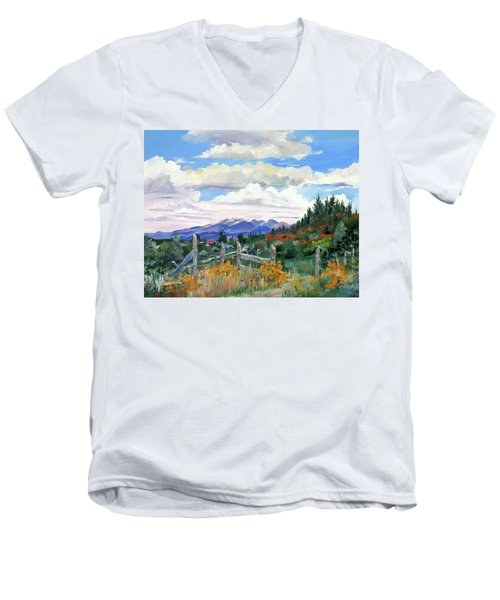 Old North Fence-in Colorado Men's V-Neck T-Shirt