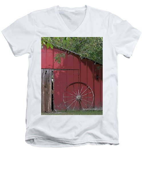 Old Red Barn Men's V-Neck T-Shirt