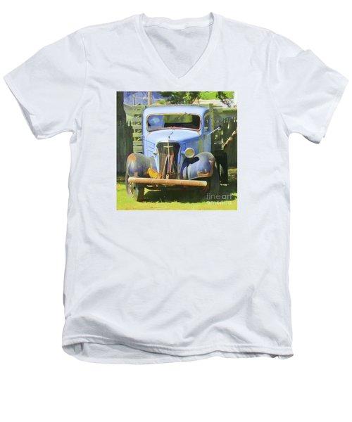 Old Soul #1 Men's V-Neck T-Shirt