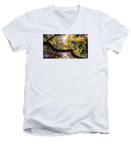 On Oscar - Claude Monet's Garden Pond  Men's V-Neck T-Shirt