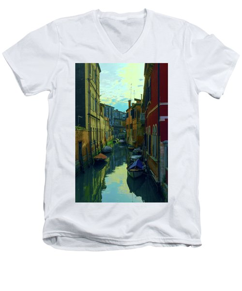 one of the many Venetian canals at the end of a Sunny summer day Men's V-Neck T-Shirt