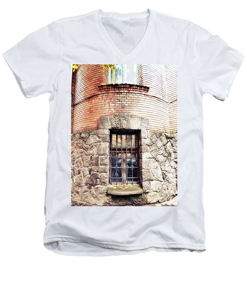One Window And A Half Men's V-Neck T-Shirt