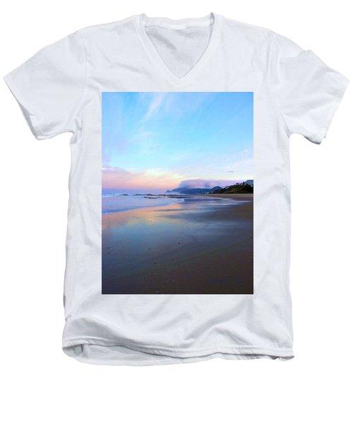 Oregon Coast 4 Men's V-Neck T-Shirt