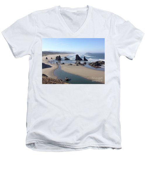 Oregon Coast Sea Stacks Men's V-Neck T-Shirt