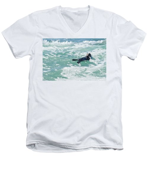 Otter At Montana De Oro Men's V-Neck T-Shirt