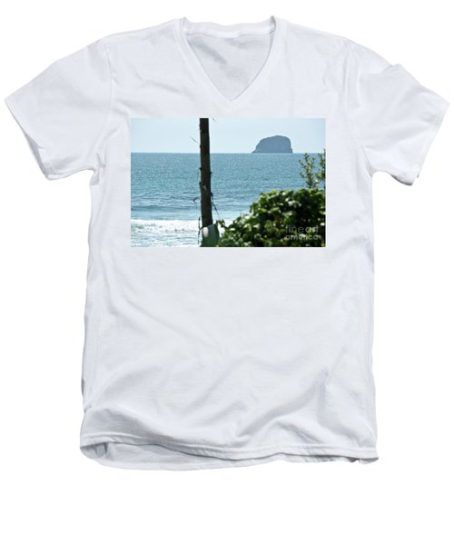 Pacific Ocean Men's V-Neck T-Shirt by Yurix Sardinelly