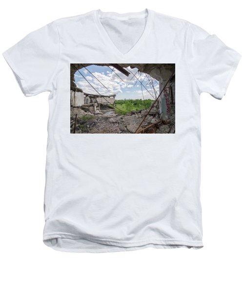 Packard 1 Men's V-Neck T-Shirt