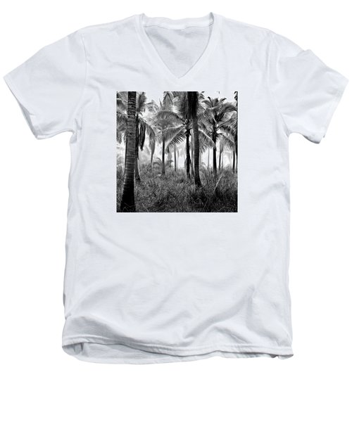 Palm Trees - Black And White Men's V-Neck T-Shirt