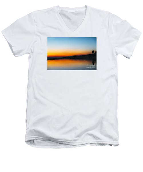 Pammukale Men's V-Neck T-Shirt