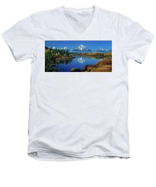 Panorama Oxbow Bend Grand Tetons National Park Wyoming Men's V-Neck T-Shirt