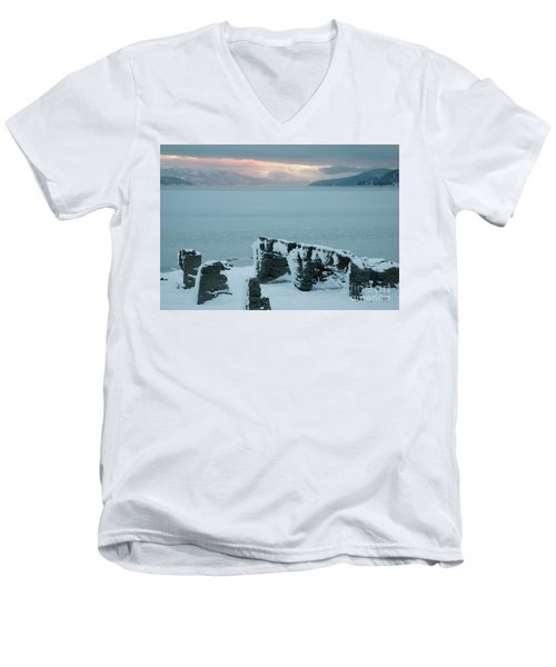 Pend Oreille Past Men's V-Neck T-Shirt