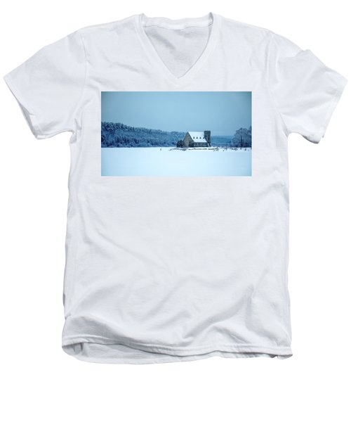 Photographer On Thin Ice Men's V-Neck T-Shirt