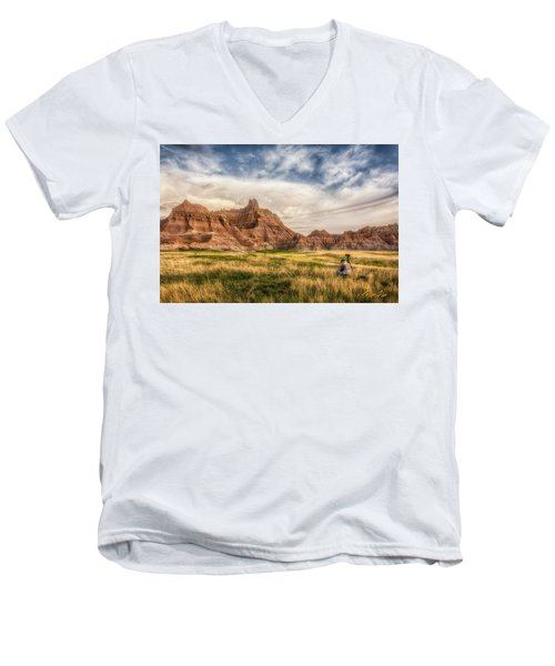 Photographer Waiting For The Badlands Light Men's V-Neck T-Shirt