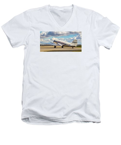 Piedmont Dc-3 Men's V-Neck T-Shirt