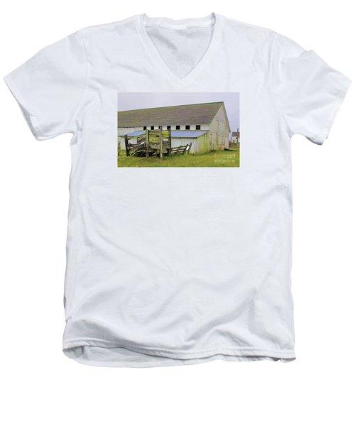 Pierce Pt. Ranch Barn Men's V-Neck T-Shirt