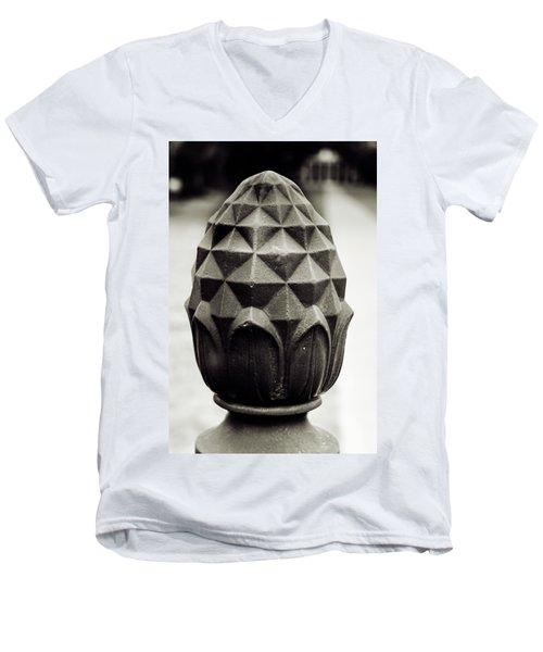 Pineapple, Oak Alley, Vacherie, Louisiana Men's V-Neck T-Shirt